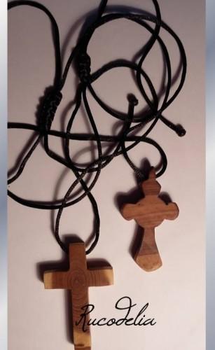Cruci din lemn